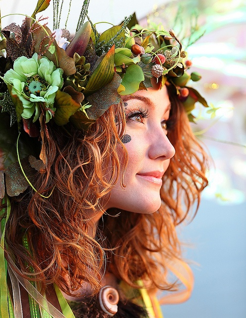 Autumnal headpiece from Pinterest for crown post on Shalavee.com