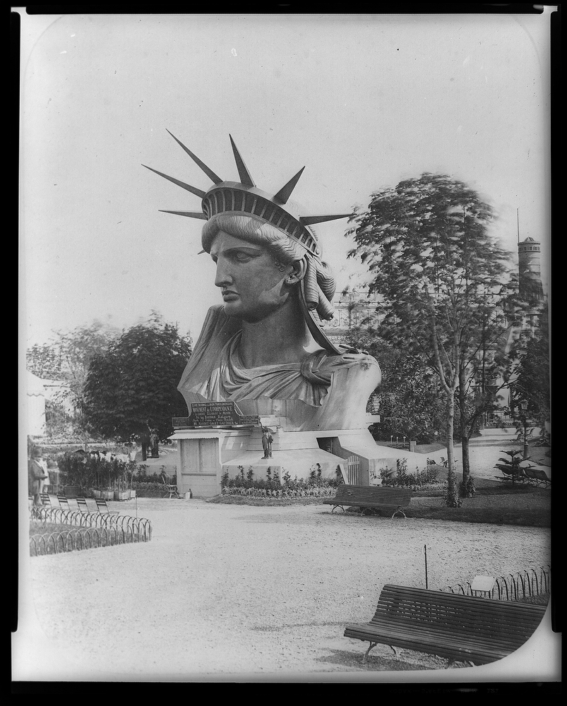 statue of Liberty crowned 125th anniversary picture from Shalavee.com head